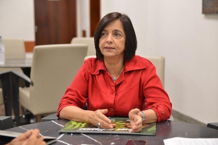 Projeto Mulheres no Legislativo entrevista ex-deputada Isaura Lemos
