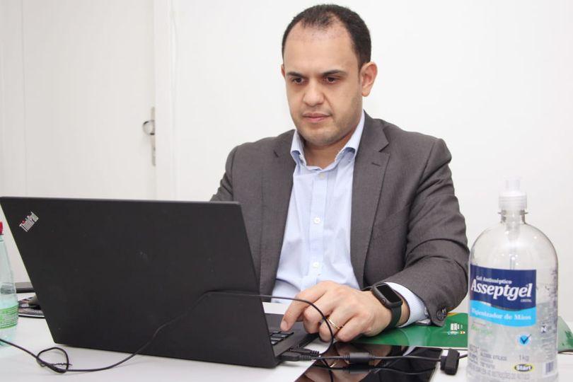 Cairo Salim propõe criação de central de informações sobre pacientes internados na rede estadual de saúde