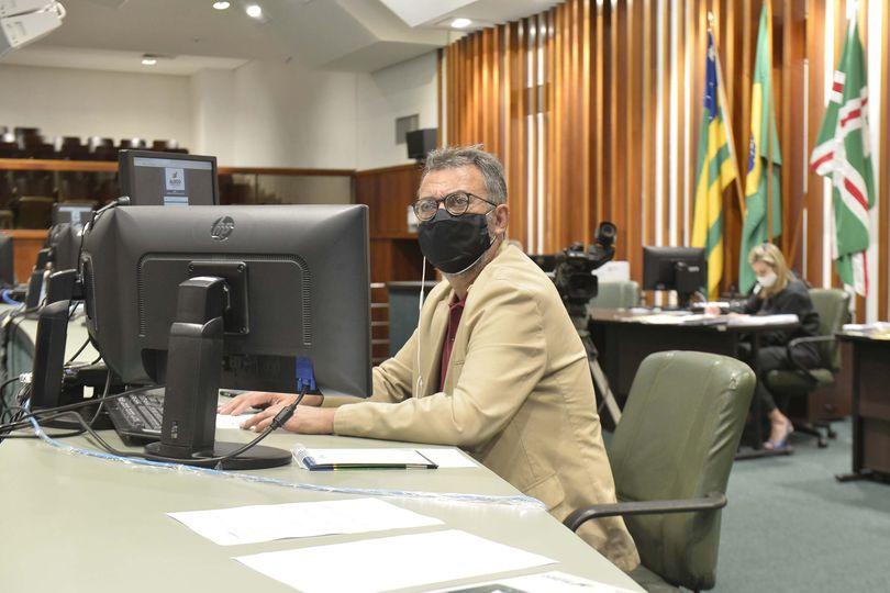 Após ser aprovado na CCJ, comissão temática recebe projeto do deputado Humberto Aidar