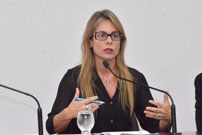 Secretária da Economia, Cristiane Schmidt