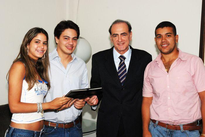 Alunos da Salgado de Oliveira visitam Jardel Sebba