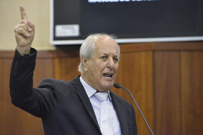 Ex-deputado Manoel de Oliveira