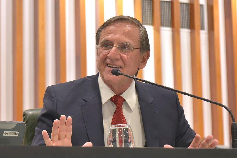 Gomide é reconduzido à presidência da Comissão de Serviços e Obras Públicas
