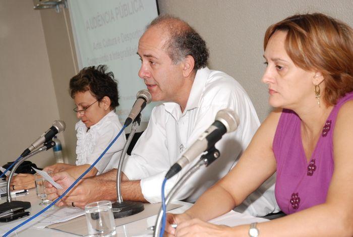 audiência Pública debate Plano de Carreira para profissionais da saúde