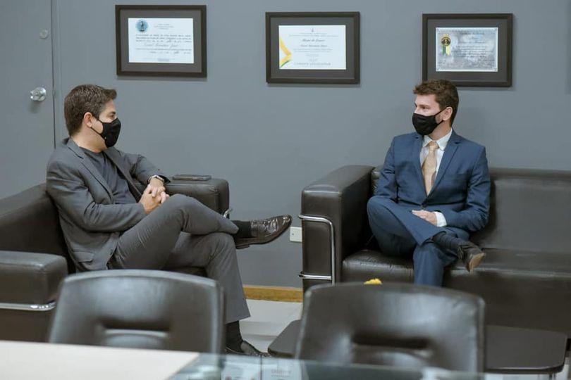 Maycllyn Carreiro se reúne com secretário de Saúde e pede implantação de UTIs em Morrinhos