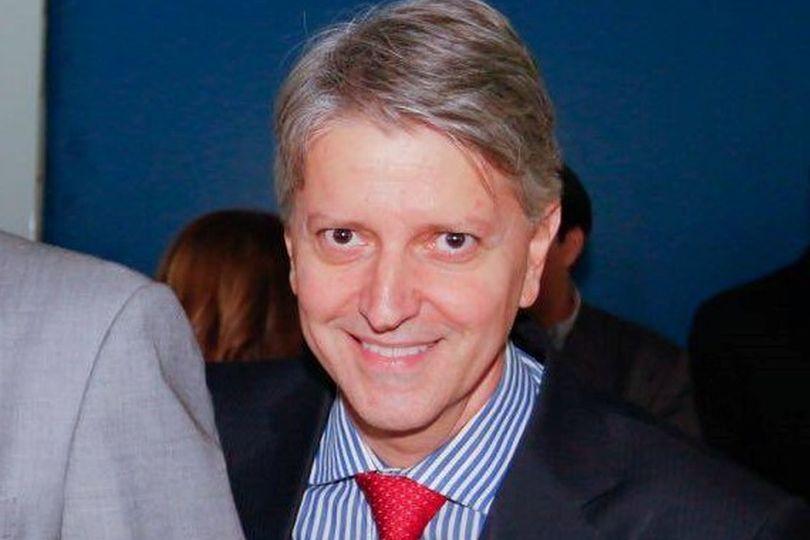 Após 12 dias de internação por causa do coronavírus, diretor de Articulação Política da Alego, Joel Sant'Anna, recebe alta hospitalar