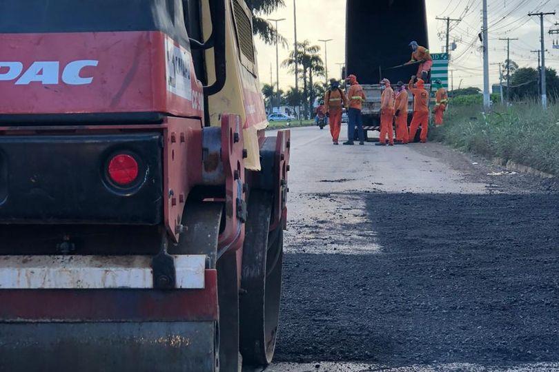 Com apoio de Amilton Filho, Goinfra começa operação tapa-buracos no DAIA