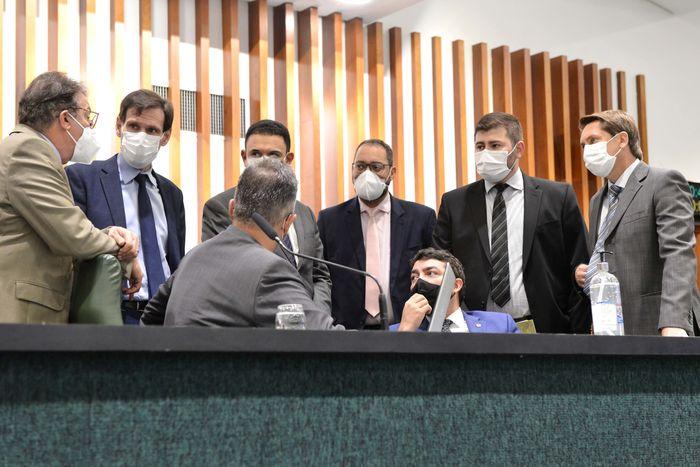 Deputados articulam nova composição das comissões