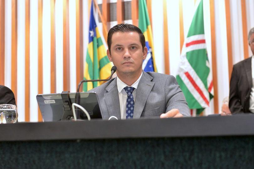 Rafael Gouveia apresenta proposta para instituir política pública para fomentar a plantação de florestas em Goiás